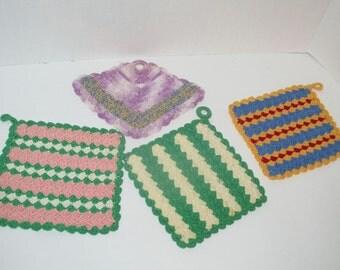 Vintage set of 4 Crochet Pot Holders/Doilies
