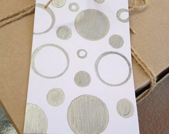 Super chic gift tag/ silver dots