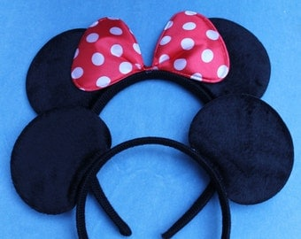 1 x Minnie Mouse & 1 x Mickey Mouse Ears