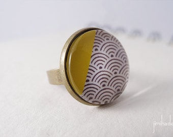 Ring with print Japanese waves pattern and yellow corner >> Valentine's Day present >> gift for her