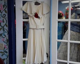 beautiful cream color pleated dress!!!