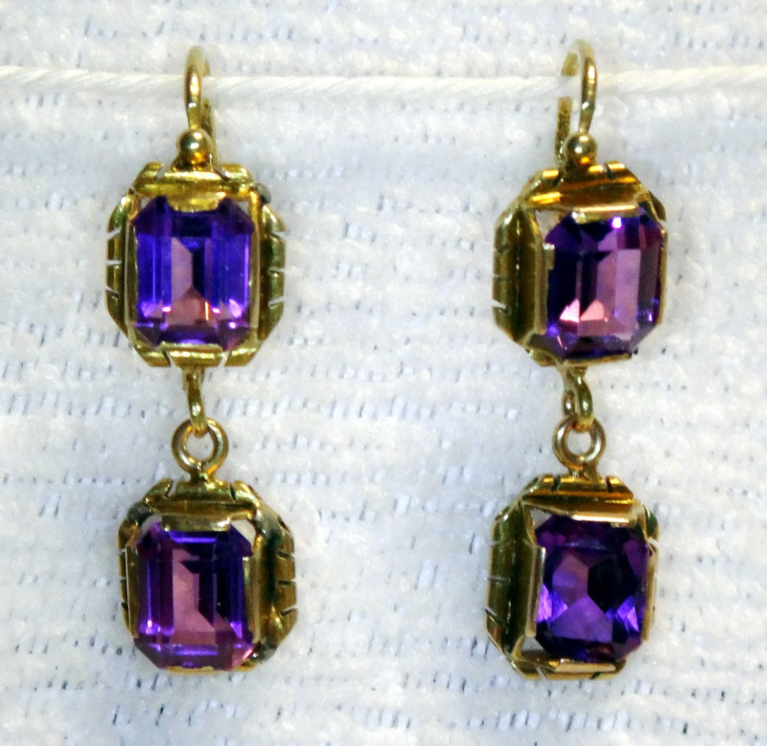 antique 18k gold amethyst earrings antique amethyst earrings. Black Bedroom Furniture Sets. Home Design Ideas