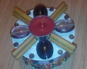 The beaded candle holder and 2 candles flat heater available