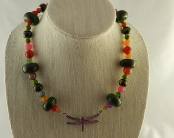 Multicolor beads and dragonfly