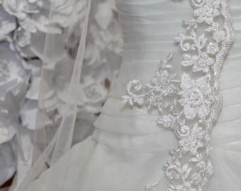 Bridal Fingertip  veil, bridalveil, wedding veil, wedding veil, alencon lace veil, Ivory beaded veil