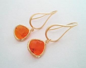 Gold Framed Orange Faceted Teardrop Dangle Earrings, Drop Earrings, Chandelier Earrings, Modern earrings, Everyday Earrings, Bridal Gift