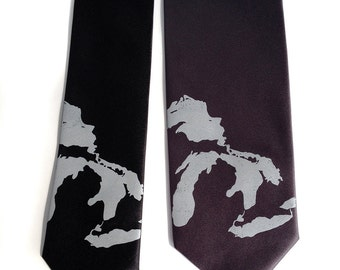 Great Lakes tie. Men's map necktie, 100% silk: Michigan, Superior, Huron, Erie, Ontario. Silkscreened design.