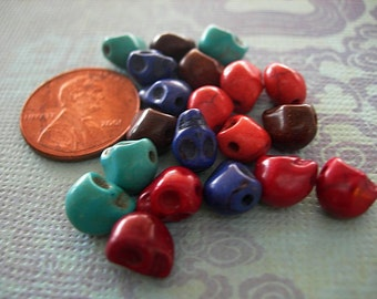 SKULL BEADS Miniature Himalayan Dyed Color Mix Turquoise Coral Lapis lot of 15