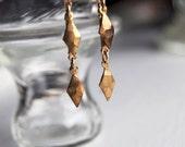 Warrior Dagger Earrings / Modern Diamond Geometric Shaped / Spear Brass / Arrowhead Earrings / Triangle Dangly Earrings / Triangle Earrings