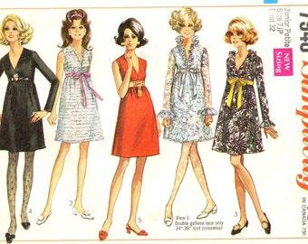 Simplicity 7948 Mini Party or Evening Dress circa 1968 Size 7 Junior Petite