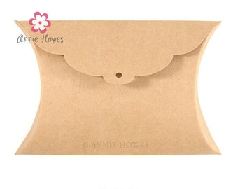 Kraft Pillow Favor Box. Annie Howes. 50 pack.