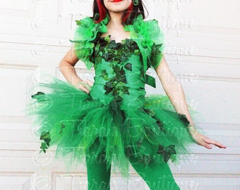 Girls Comic Book Villain Halloween Costume, Green Ivy, Includes Ivy Embellished Corset, Shrug, Mask, Tutu with Bustle, and Tights