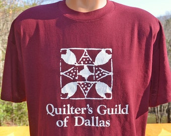 70s vintage tee shirt QUILT guild dallas texas t-shirt XL maroon soft 80s