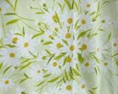 vintage Yellow Daisy Fabric Sheet - 70s - Happy Sunny Flowers