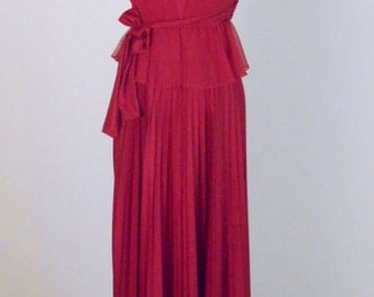 vintage, Beautiful Pleated Maxi Dress with Sheer Top Size X-Small - Small