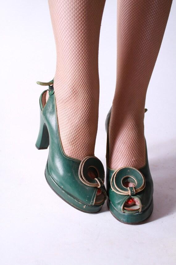 1940s Shoes Vintage Kelly Green Leather Platform Peeptoe