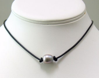 Silver Gray Pearl and Leather Choker, Rustic Oval Pearl Necklace, Casual Fashion, Freshwater Gray Pearl on Leather Cord Choose Color