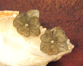 Germany Wrapped Wire Hearts and Flower's Clip-On Earrings One  Pair Vintage 50's Very Dainty