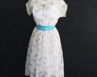 50s Vintage Sheer Nylon Day Dress & Full Slip, Novelty Hat Print, White Turquoise Pink, Fitted Bodice Full Skirt, Short Sleeve, Bust 34