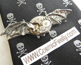 Gothic Tie Bar Halloween Bat Wings Men's Steampunk Tie Clip Silver Bat Tie Clip Vintage Watch Movement Tie Bar New Victorian Men's Tie Clip