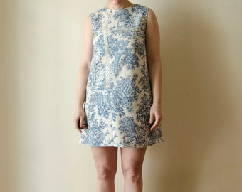 50% Off Sample Sale Toile Dress XL Cream and Blue Mini Sleeveless Dress, Toile de Jouy Mod Scooter Summer Cotton Dress,