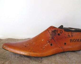 Vintage Shoe Form - Roma - 1963