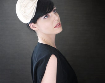 Sculptural Cream Felt Fascinator - Fall Fashion - Made to Order