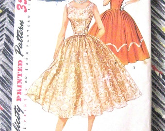 Uncut 1950s OnePiece Dress Vintage Simplicity 1158  Sewing Pattern Cocktail Dress Evening Gown Full Skirt Fitted Bodice 50s Bust 30