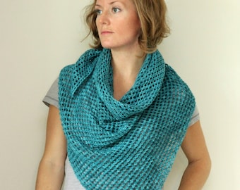 KNITTING PATTERN // McMilne Shawl // mesh lace triangular -- PDF