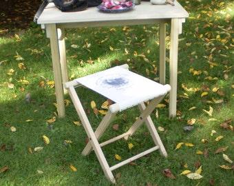 "Civil War Folding Camp Stool – with ""SACK SEAT"" - LARGE Version"