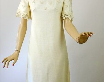 Vintage 60s Wedding Dress Simple Elegance Ivory Cotton Linen Long Dress Cotton Lace