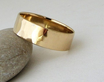 Gold Wedding Band Mens Hammered Gold Wedding Ring 14K Gold Band Engraved Customized Personalized Wedding Band