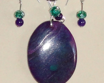 Wire Wrapped Green and Purple Dragon Veined Agate Pendant with Matching Earrings