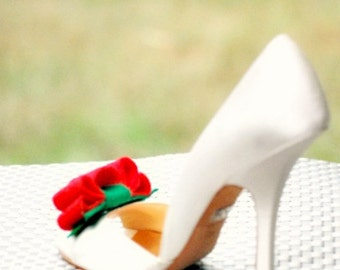RED & KELLY GREEN Tuxedo Shoe Clips / Hair Bows Gift Under 50. Couture Bride Bridal Bridesmaid, Feminine Preppy Teen, Birthday Party Ruffle