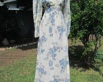Hippie Peasant Maxi Dress Vintage 70s Renaissance Dress Hippie Wedding Dress Empire Waist Lace Detail Rustic Festival Ivory & Blue M
