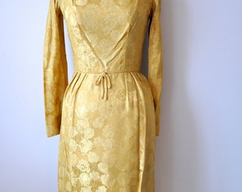 "Vintage 50's Gold Brocade Wiggle Cocktail Party Dress sz. XS 26"" Waist"