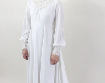 wedding dress - 70s victorian revival wedding gown - high collar - winter wedding dress