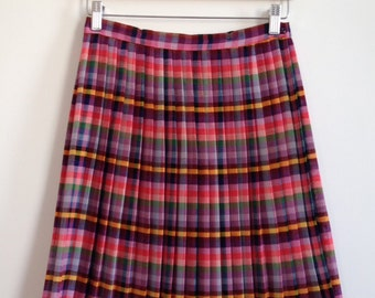 Finnish multicolored pleated stripe skirt