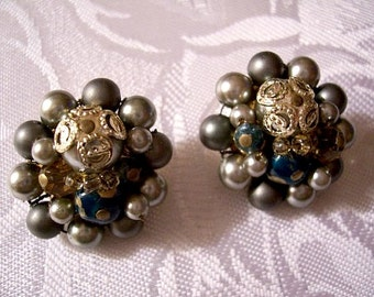Japan Grey Blue Cluster Clip On Earrings Gold Tone Vintage Decorative Accent Marbled Lucite Beads