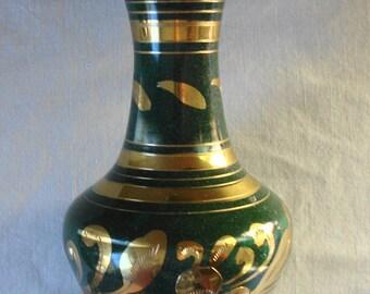 VINTAGE GREEN BRASS Enamel Vase Made In India Gold Green Enamel Flower Vase Fluted Brass Vase Black Interior Brass Vase Gold Leaf Pattern