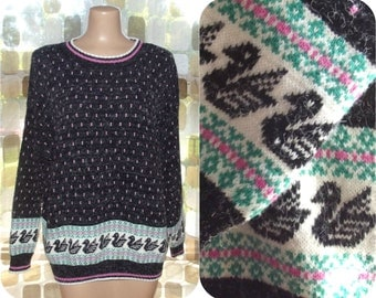 Vintage 80s Sweater   1980s Slouch Sweater   Novelty Black Swan Print   Nerd Geek Hipster Ugly Sweater