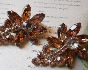 Vintage Juliana Amber Rhinestone Flower Clip On Earrings
