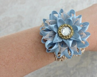 French Blue Corsage, Light Blue Corsage, Blue Wrist Corsage Flower, Beige and Blue Flower Corsage, Champagne and Blue Wedding, Blue and Tan