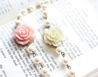 Rose Bracelet Bridesmaids Gifts Pastel Pink Rose and Pearl Bracelet Cream Rose Bracelet Country Chic French Romantic Summer Wedding Jewelry