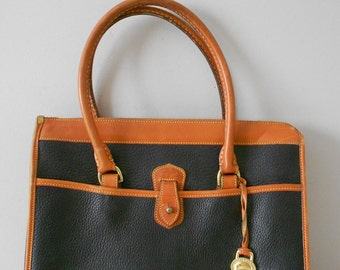 vintage black dooney and bourkes satchel / doc handbag / purse