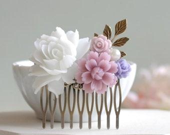 White and Lavender Flower Hair Comb. Icy White Rose, Lilac Purple Cherry Blossoms, Brass Leaf Hair Comb, Purple Lavender Wedding Hair Comb