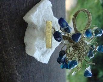Agate and Semi Precious Stone Metal Wire Tree Miniature Tree Minerals Souvenir OC Flowers
