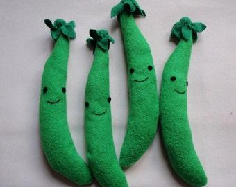 Fleece Green Peas Organic Catnip Toy For Pet Cat Set of Four