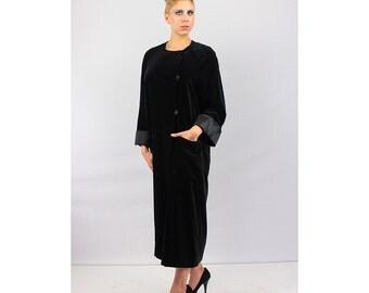 Vintage coat / LOUIS FERAUD / Black velvet cocoon coat 80's M L