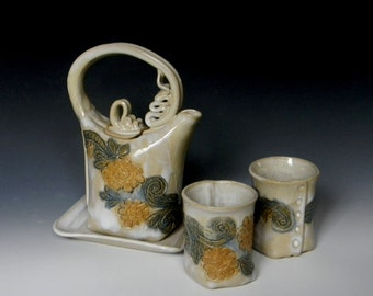 Floral Lace-impressed Two-cup Ceramic Teaset